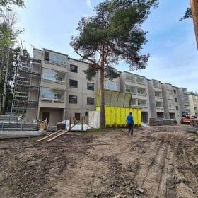 Hiekkapuhallus kerrostalotyömaa Hiekkapuhallusyksikkö Koivukoski Oy